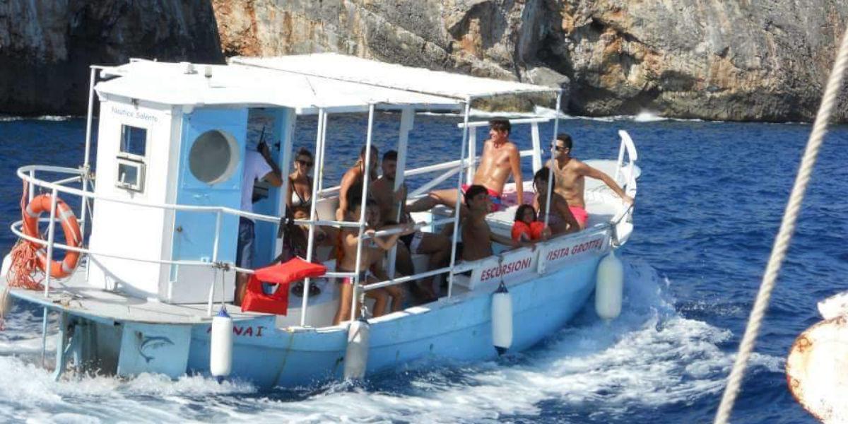 Barca per escursione