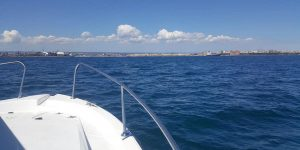 gallery-1-pesca-barca-taranto-italyra