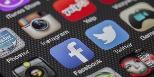 Icone di applicazioni su uno smartphone