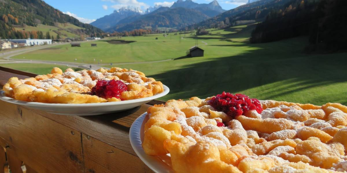 Strauben del Trentino Alto-Adige - I dolci di Carnevale